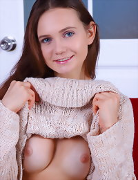 A glamorous doll nakedgrls